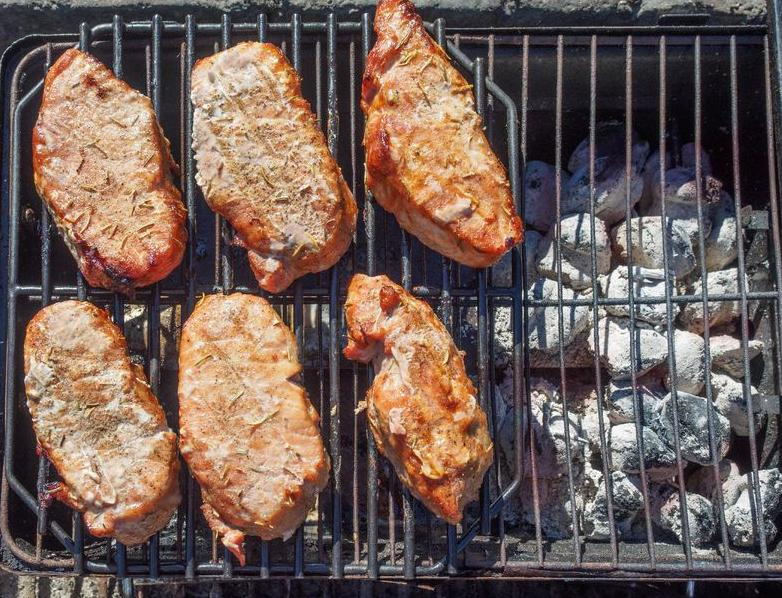 123-BBQ-indirect-grill-05-17.jpg