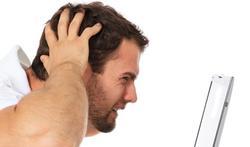 Werkstress doet mannen online pesten