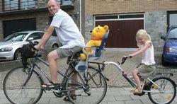 Fietsen met kinderen: Tips voor een veilige aanhangfiets