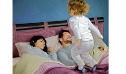 Baby en kind: Hoelang moet een baby bij zijn ouder(s) slapen?