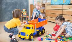 123-kinderen-spelen-ruzie-speelgoed-01-18.jpg