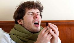 Is nies inhouden gevaarlijk?