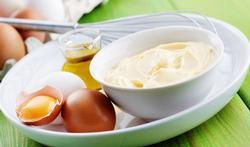 Een handig wistjedatje voor in de keuken: mayonaise maken