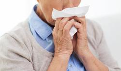 Komt een verkoudheid alleen in de herfst en winter voor?