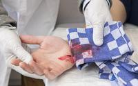 Internationale Dag van het Rode Kruis: Ouders hebben te weinig EHBO-kennis.