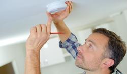 Rookmelders in alle huizen verplicht vanaf 2020