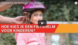 Sommige fietshelmen voor kinderen beschermen onvoldoende