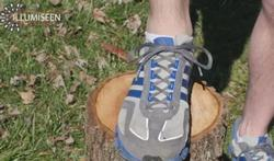 Daarvoor dienen de extra gaatjes in je loopschoenen