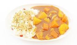 Le curry de carotte et de courgette