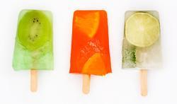 Les sucettes glacées aux fruits
