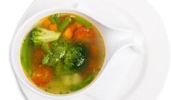 La soupe aux légumes et au pesto