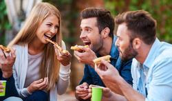 Trop manger comme signe de virilité