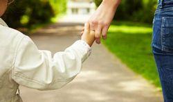 Mamans : ras-le-bol des critiques sur l'éducation des enfants