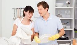 Partager les tâches ménagères, un gage de satisfaction sexuelle