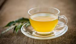Le thé vert : un démaquillant naturel