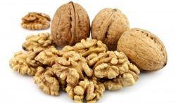 Les noix contre le mal de gorge