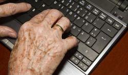 Lentigo ou taches de vieillesse : comment en venir à bout ?