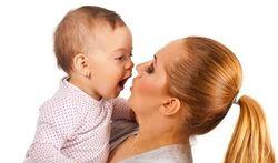 Premiers secours : le baiser de la maman