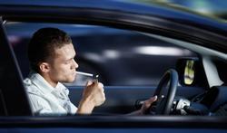 Les très gros dangers d'une voiture de fumeur