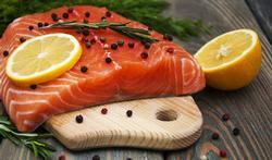 Saumon rouge ou rose : la couleur fait-elle une différence ?