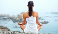 Stress, burn out, déprime... : avez-vous essayé le yoga ?
