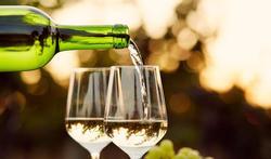 Mélanome : que se passe-t-il avec le vin blanc ?