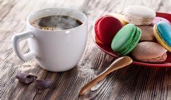 Café gourmand : moins calorique qu'un dessert classique ?