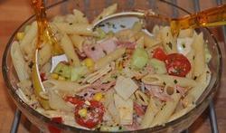 La salade d'été aux pâtes
