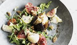 Salade de fromage de chèvre grillé aux figues fraîches