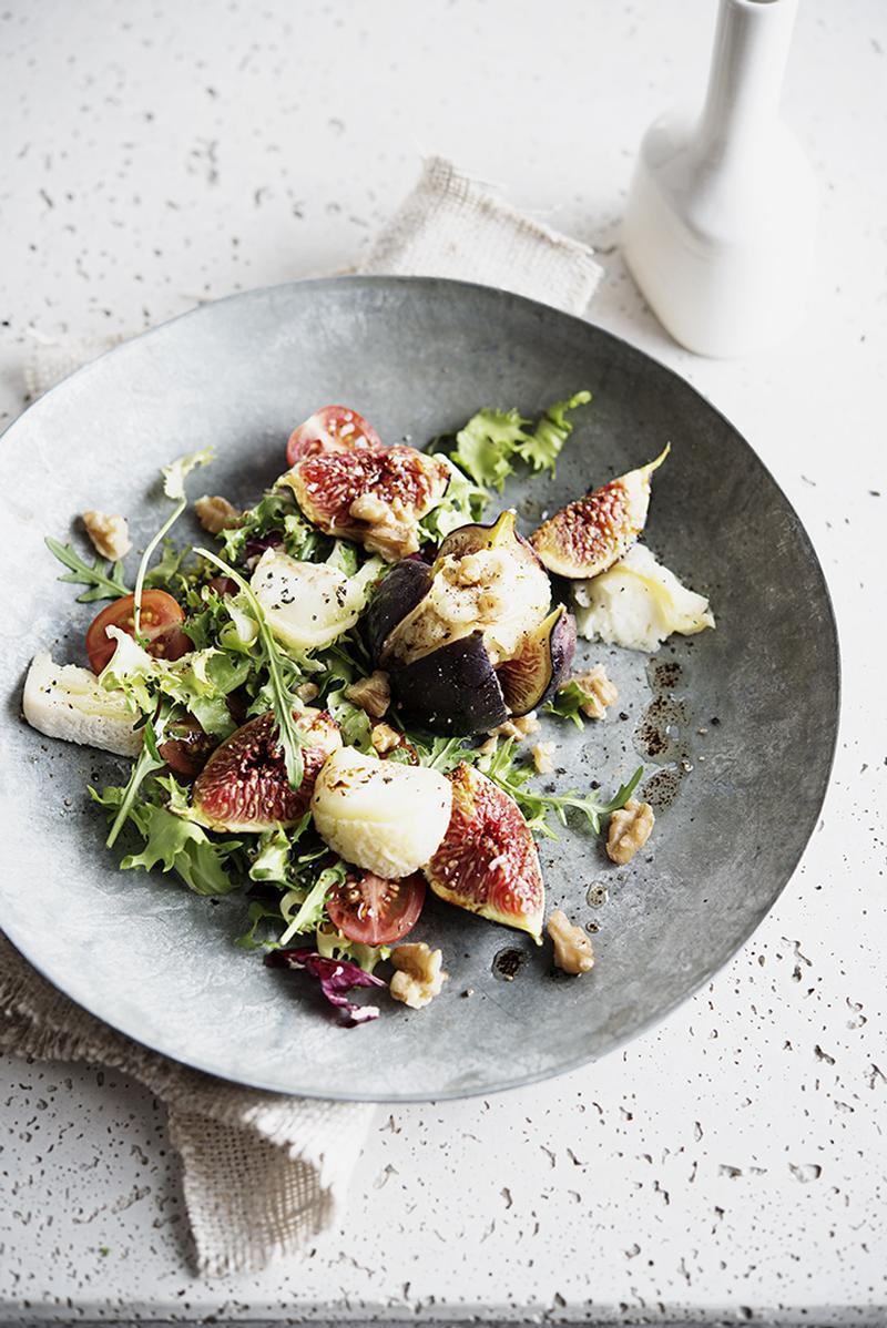 SaladeFromageChèvreFigues1.jpg