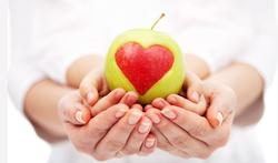 123-appel-gezond-hart-fruit-handen-03-19.png
