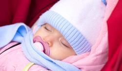 123-baby-buiten-slapen-fopspeen-02-18.jpg