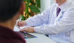Onafhankelijk artsenbezoek leidt tot beter en goedkoper voorschrijven