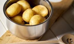 Waarom afgekoelde aardappelen gezonder en lijnvriendelijker zijn
