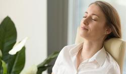 Zo breng je via je ademhaling je lichaam en geest tot rust