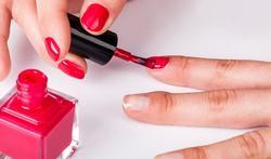 Hoe voorkom je dat nagellak gaat afschilferen?