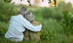 Wat is het geheim van gelukkig oud worden?