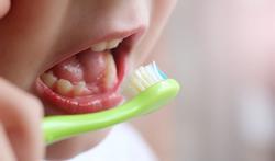 Hoe maak je tandenpoetsen leuk voor je kind?