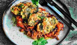 Aziatische visburgers met groenten