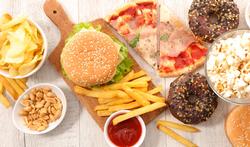 Meer behoefte aan junkfood bij slaapgebrek?