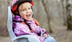 Fietsen met kinderen: welk fietsstoeltje is geschikt voor uw kinderen?