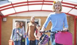 Waarom wandelen of fietsen Vlaamse kinderen te weinig?