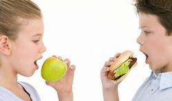 Broers en zusjes van kinderen met voedselallergie hebben meestal geen allergie