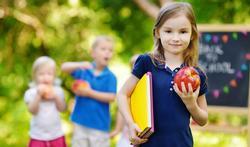 123-kinderen-spelen-appel-gezond-06-18.jpg