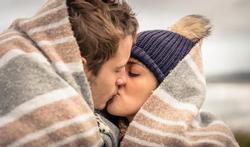 Klopt het dat u geen verkoudheid krijgt door te kussen ?