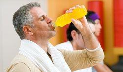 123-man-drinkt-sportdrank-170-09.jpg