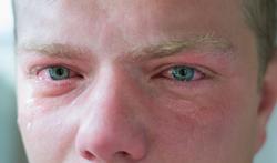 123-man-huilen-tranen-oog-01-19.png