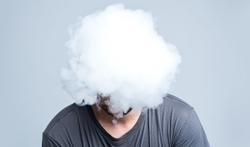 Bijna 1 roker op 5 verbergt rookverslaving voor omgeving
