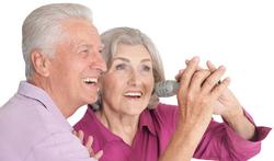 123-ouderen-senior-muziek-zingen-04-19.png