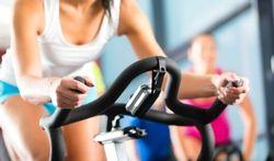 Trap de pedalen van je hometrainer eens in de omgekeerde richting, het is een prima oefening!